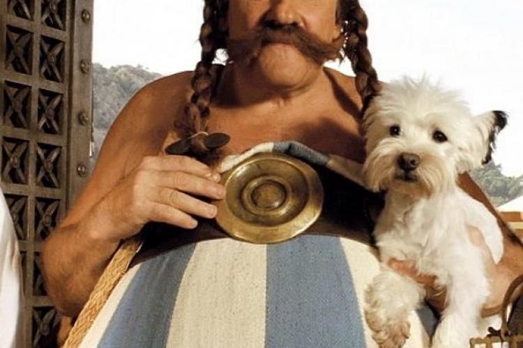 Îl mai ții minte? Actorul care a dat viață personajului Obelix a fost inculpat pentru viol