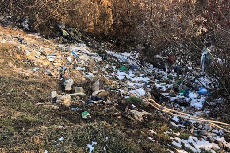 """Fii """"detectiv"""" pentru Primăria Florești! Cum poți reclama faptele antisociale și rampele clandestine de deșeuri - FOTO"""