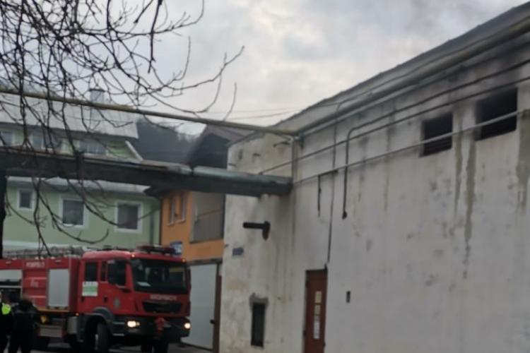 ISU a alocat un generator de mare putere Spitalului Municipal Dej pentru asigurarea furnizării curentului, până la remedierea defecțiunii