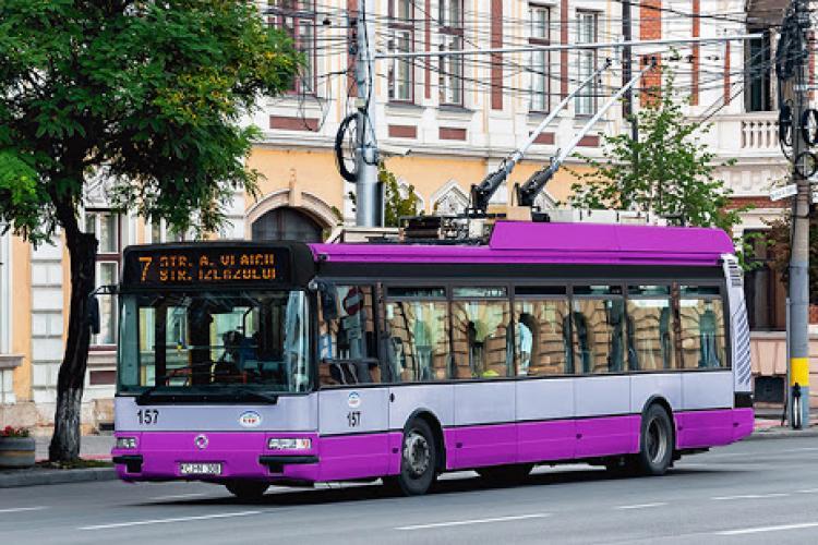 Cluj-Napoca: Autobuzele, troleibuzele și tramvaiele vor circula până la 22:00