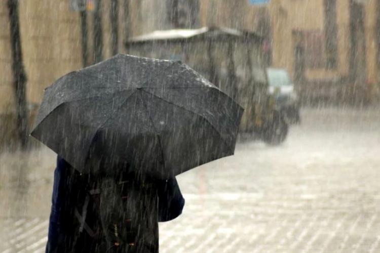 METEO. Ploi și ninsori puternice în toată țara. Cum va fi vremea în următoarele 2 săptămâni?