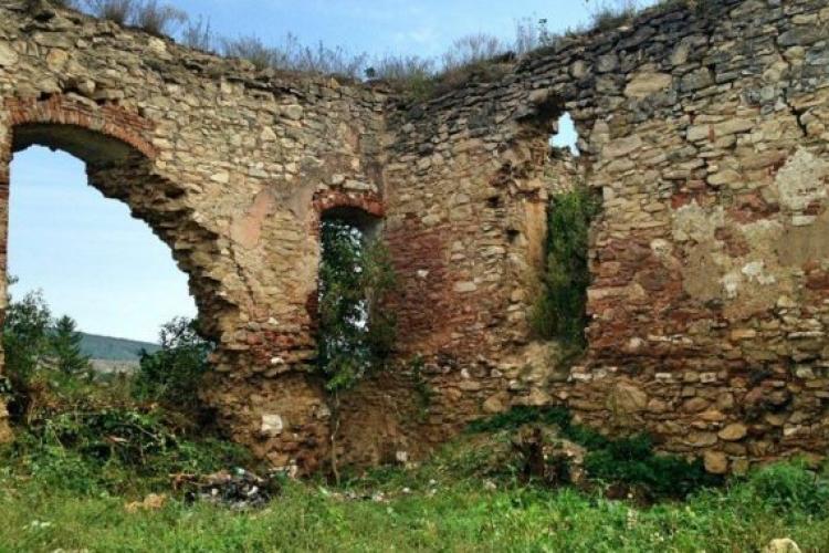 Ruinele Castelului Bocskai - Aghireșu - Pe ce rută să ajungeți acolo