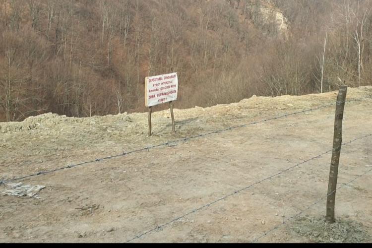 Depozit de deșeuri pe râul Râșca Mare, județul Cluj. Oare când ne vom civiliza? - FOTO