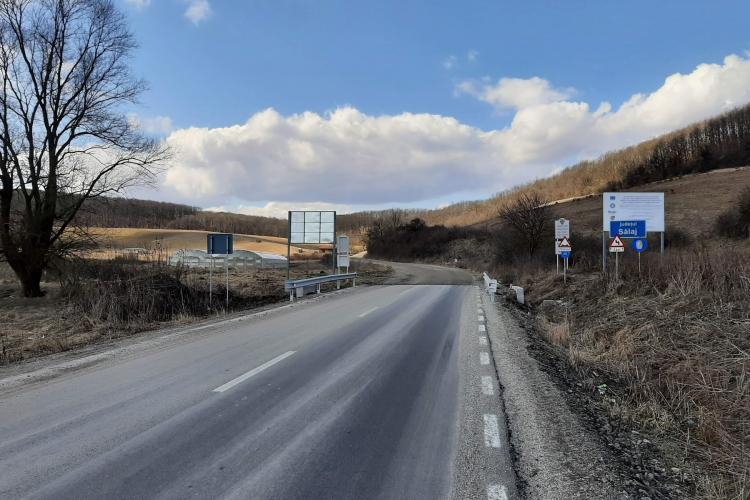 Cluj: Puteau face treabă bună, dar au făcut-o românească. 500 de metri de drum între Cluj și Sălaj sunt neasfaltați - FOTO