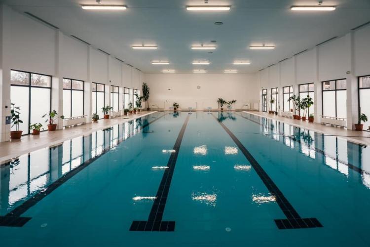 Sâncraiul are un bazin semi-olimpic, cum la nici o școală din Cluj-Napoca nu există - FOTO
