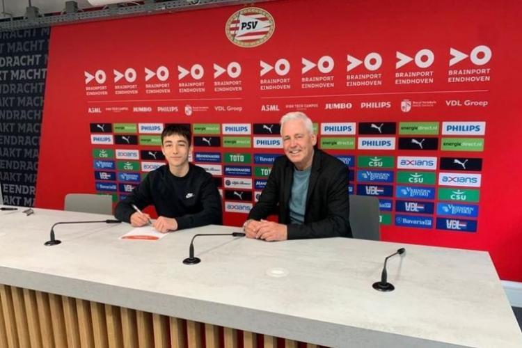 Un tânăr fotbalist de 14 ani din Cluj, noua speranță a fotbalului românesc. A semnat cu PSV Eindhoven