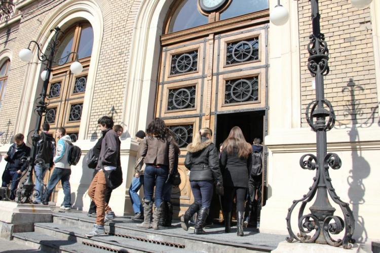 Lipsa studenților în Cluj-Napoca! Cât a pierdut Clujul din cauza lipsei studenților, criticați de localnici că distrug orașul