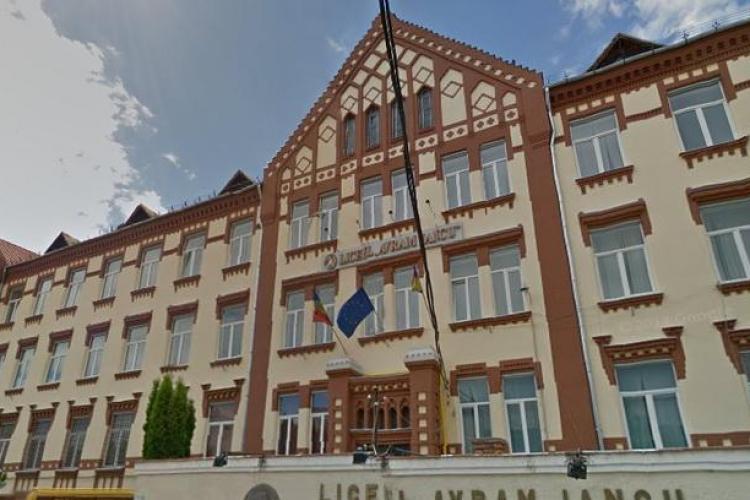TOP licee din Cluj la simularea BAC - ului, sesiunea martie 2021. Liceul Avram Iancu e pe primul loc