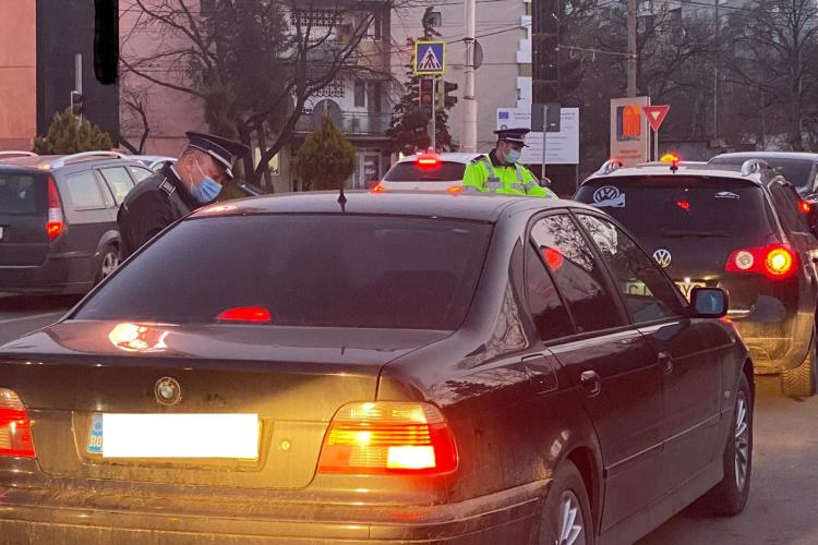 Cluj: Polițiștii au descins la malluri, unde parcă s-a mutat tot Clujul. Ce amenzi s-au dat