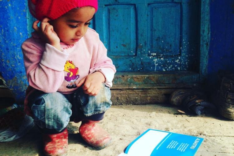 """Se caută OAMENI BUNI pentru a ajuta 100 de copii nevoiași din împrejurimile orașului Cluj-Napoca, în campania """"Ochi zâmbitori, de sărbători"""""""