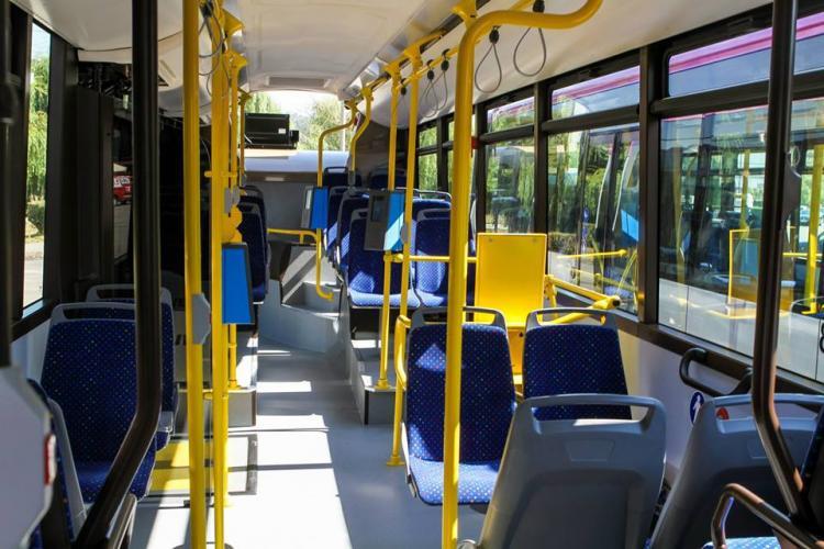 3000 de euro găsiți în autobuzele din Cluj-Napoca într-o singură zi. Ce s-a întâmplat cu banii. Felicitări șoferilor CTP Cluj