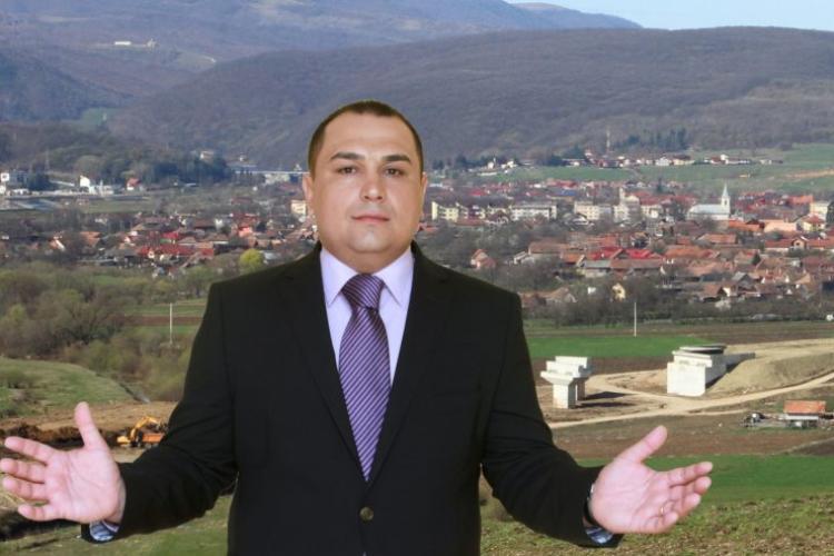 Gelu Topan, primarul din Gilău, acuzat că a angajat administratorul public fără concurs / Primarul spune că legea a fost respectată