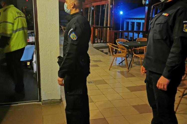 Cluj: Hotel din Cluj-Napoca, amendat pentru că servea masa unor persoane care dădeau un examen