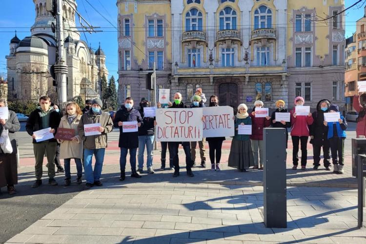 AUR protestează sâmbătă la Cluj, față de restricțiile din pandemie. Între timp cazurile în Cluj cresc