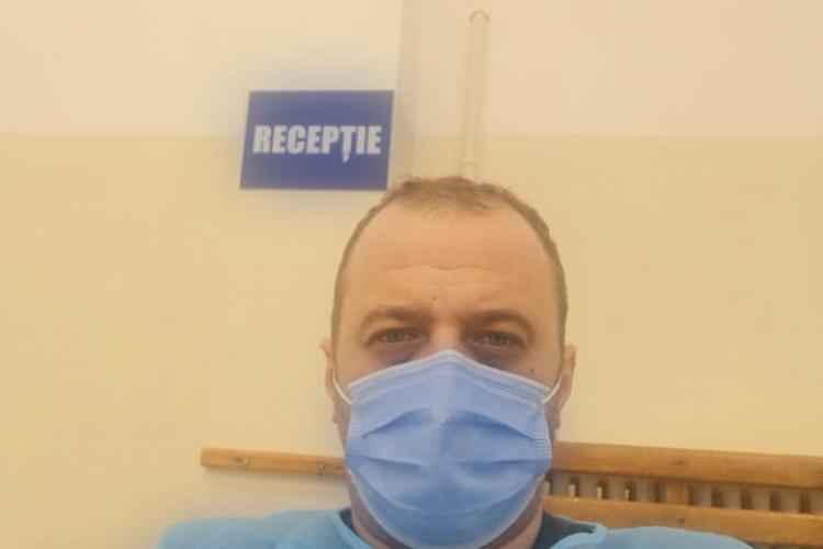 Angajați din Primăria Cluj-Napoca s-au detașat și lucrează în Centrele de Vaccinare ca registratori - FOTO