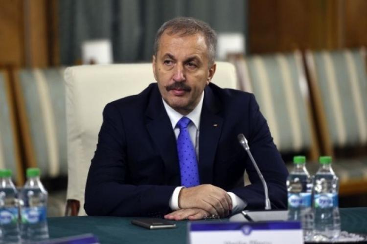 """Vasile Dîncu: """"România este în pericol să rateze șansa istorică de a găzdui meciurile UEFA EURO 2020"""""""