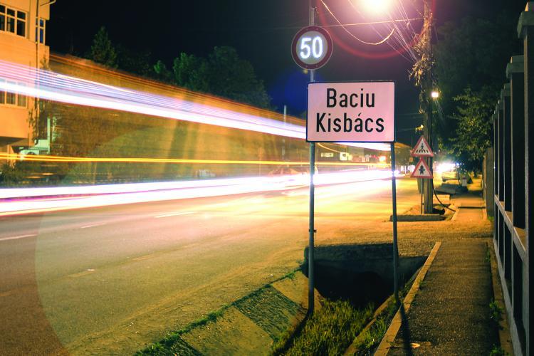 """Drogurile circulă prin Baciu, poliția nu se vede nicăieri. """"De unde își iau tinerii drogurile?"""""""