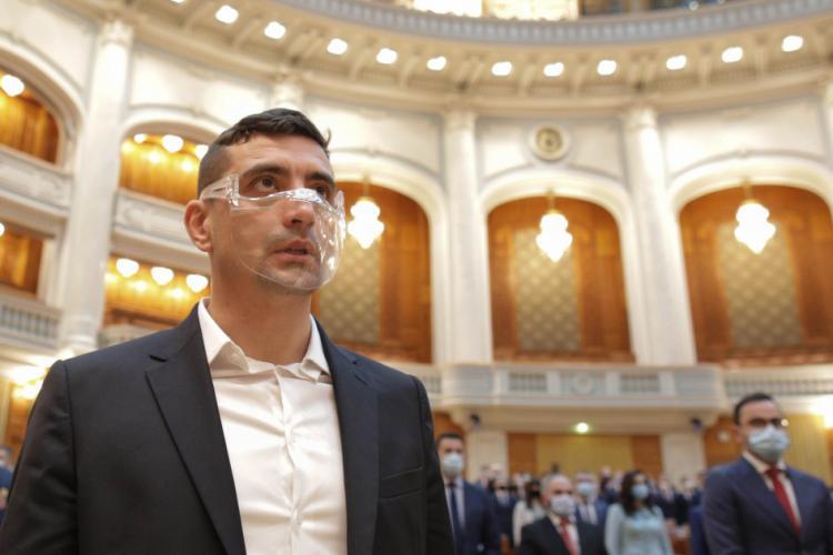 """George Simion, atac la adresa lui Orban: """"El bea în Parlament"""""""