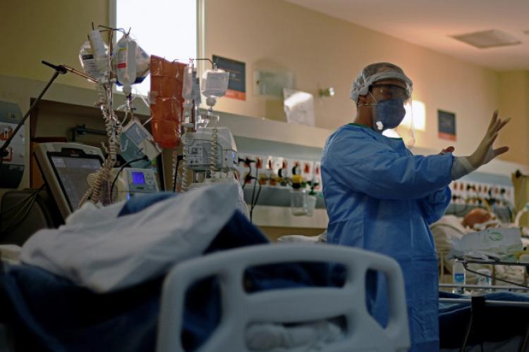 Situația COVID în Cluj: incidența alarmantă, 81 de pacienți la ATI