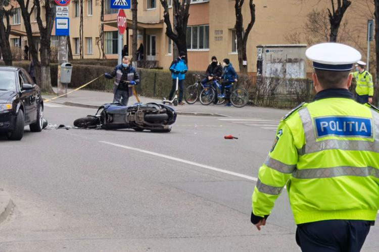 Accident pe strada Liviu Rebreanu - FOTO