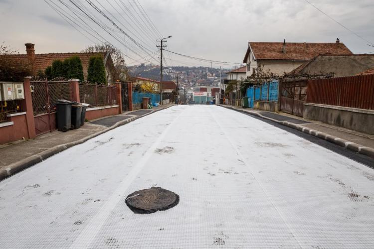 Asfaltări record la Cluj! Ziua și strada asfaltată în Dâmbul Rotund - FOTO
