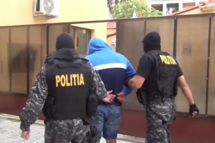 Tribunalul Cluj REFUZĂ eliberarea a 4 periculoși traficanți de droguri, reținuți după percheziții în Cluj-Napoca, Florești, Chinteni și Baciu - EXCLUSIV