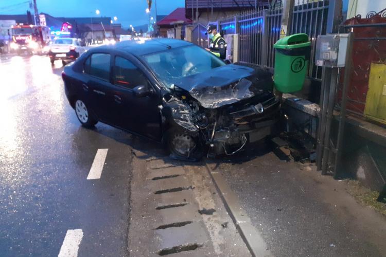 Accident în Florești! Mașinile au fost făcute PRAF - FOTO