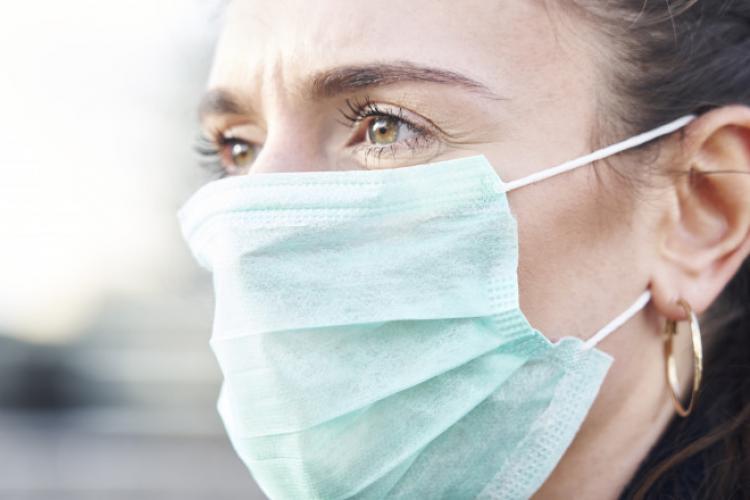 Răzvan Cherecheș: Persoanele care poartă mască vor dezvolta simptome mai ușoare decât cele care nu poartă