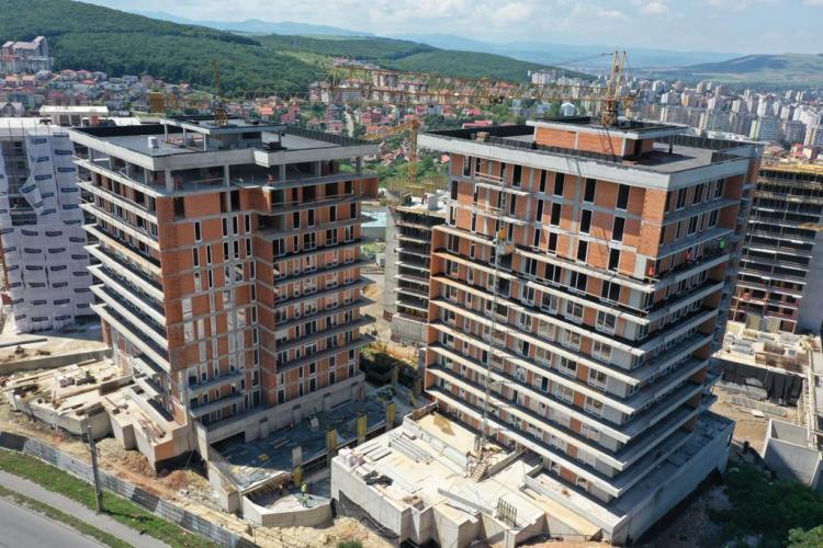 Emil Boc, întrebat de ce nu se fac blocurile mai rare în Cluj-Napoca, pentru a fi și spații verzi. Ce a răspuns