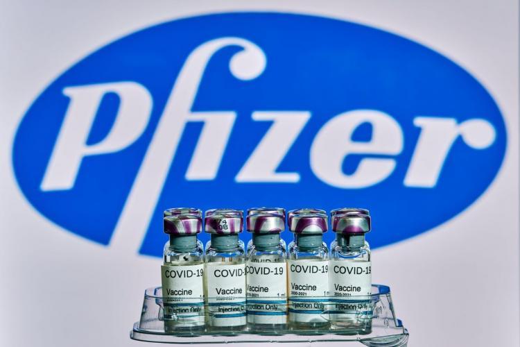 Veste bună! Vine un număr uriaș de doze de vaccin Pfizer în România