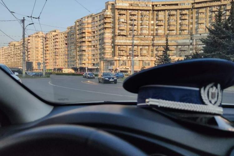 Poliția Cluj către cei care conduc băuți de ziua lor: Dacă punem o fundă pe dosarele penale întocmite, figurează drept cadouri? - FOTO