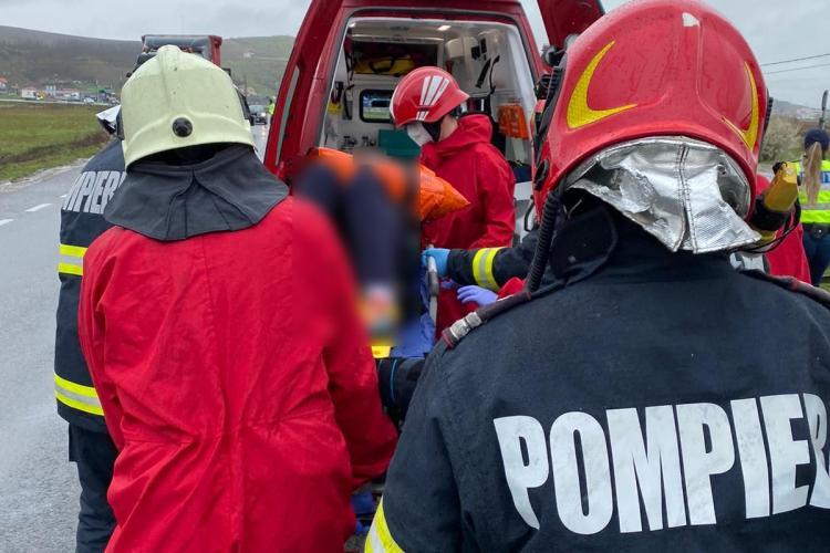 Accident produs pe centura de ocolire Vălcele-Apahida! O femeie a rămas încarcerată -FOTO/VIDEO