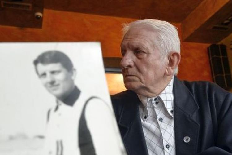 "Amintirile lui Remus Câmpeanu. A povestit cum magazionerul Sanyi Bacsi a îngropat tricourile U Cluj în 1940: ""Știa că U Cluj revine acasă"" - VIDEO"