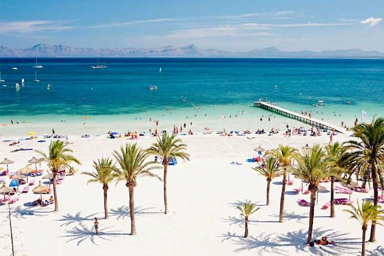 Spania își deschide granițele pentru turiștii cu certificat COVID, din iunie