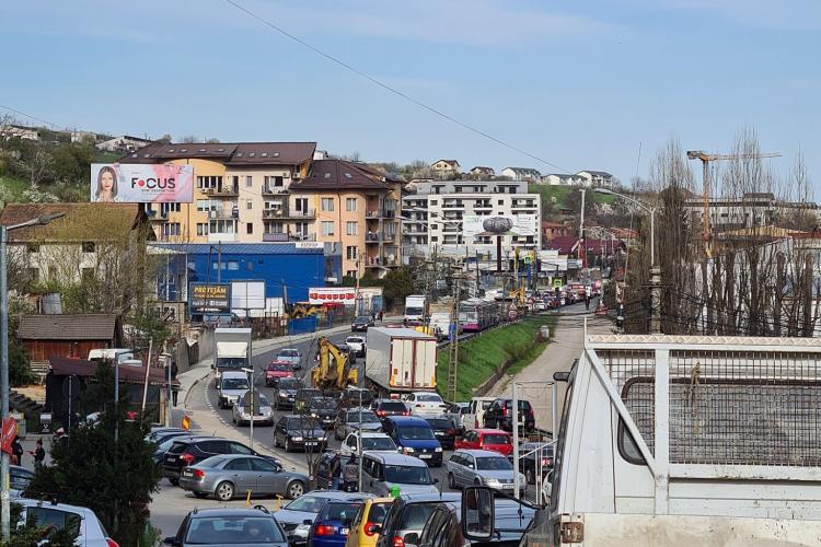 Fotografie cu traficul din Baciu! Să te ferească Dumnezeu de vreo urgență - FOTO
