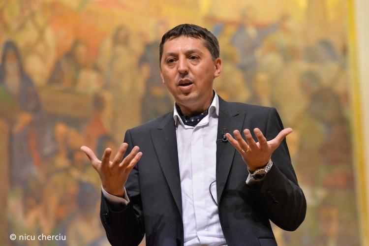 Rectorul UBB, Daniel David, inclus în Top 100 manageri de succes din România în 2020