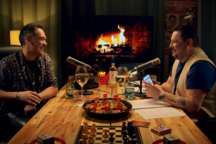 Mihai Bobonete și Răzvan Simion, de vorba la podcast. Actorul a fost obraznic