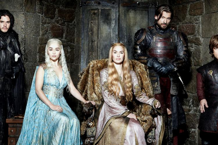 Veste mare pentru fanii Game of Thrones, a început producția unui serial derivat din preferatul lor