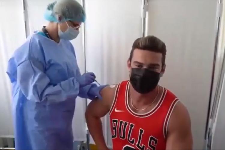 """Dorian Popa s-a vaccinat anti-COVID. Momentul, postat pe RO Vaccinare: """"Cred cu tărie că acest vaccin ne va duce către normalitate"""""""