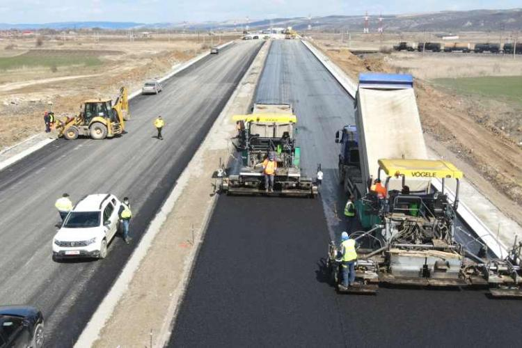 România cere prea mulți bani din PNRR pentru infrastructura rutieră. Aici intră Autostrada Transilvania și centura Clujului