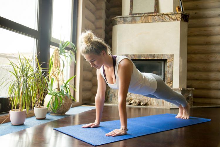 Antrenamentele recomandate celor care au avut COVID-19, pentru a-și recupera forma fizică
