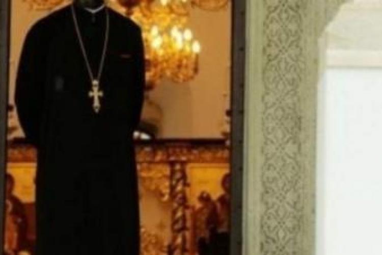 Un preot a fost prins în flagrant, în timp ce întreținea relații intime cu un minor