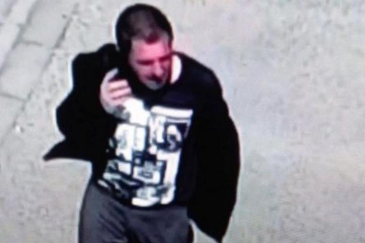 Bărbatul care a încercat să fure o fetiță de la locul de joacă a avut mai multe victime în ultimele zile