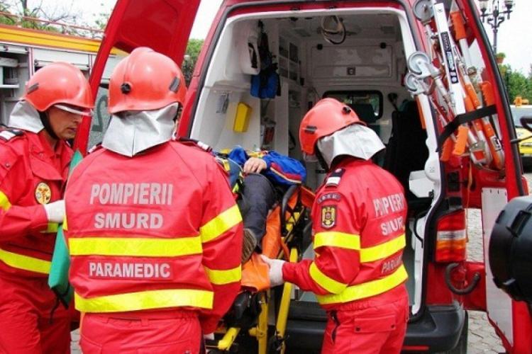 Cluj: Un motociclist a ajuns la spital, după ce un șofer de 73 de ani l-a lovit cu mașina