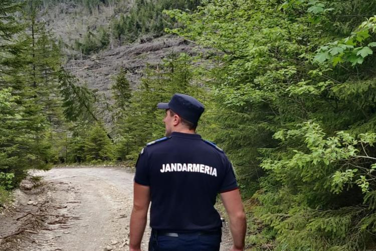 Turiști rătăciți la Someșul Cald, recuperați de jandarmii clujeni - FOTO