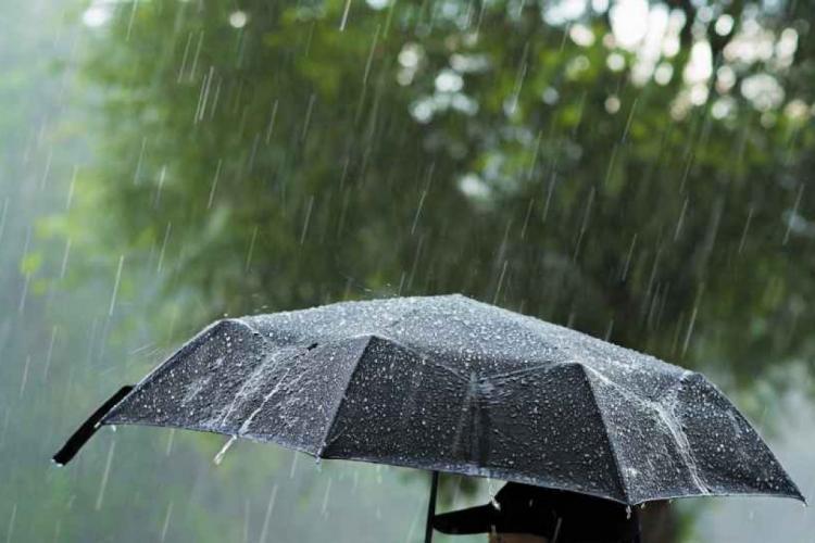 METEO. Vremea rea continuă! Urmează trei zile de ploi. Ce se va întâmpla după?