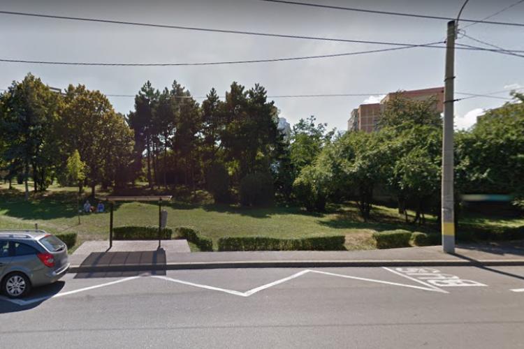 Sub ochii lui Boc, liber la blocuri pe strada Unirii, în Gheorgheni! Se vinde parcul. Proprietarul, despre avize: Fiecare se descurcă cum poate - FOTO