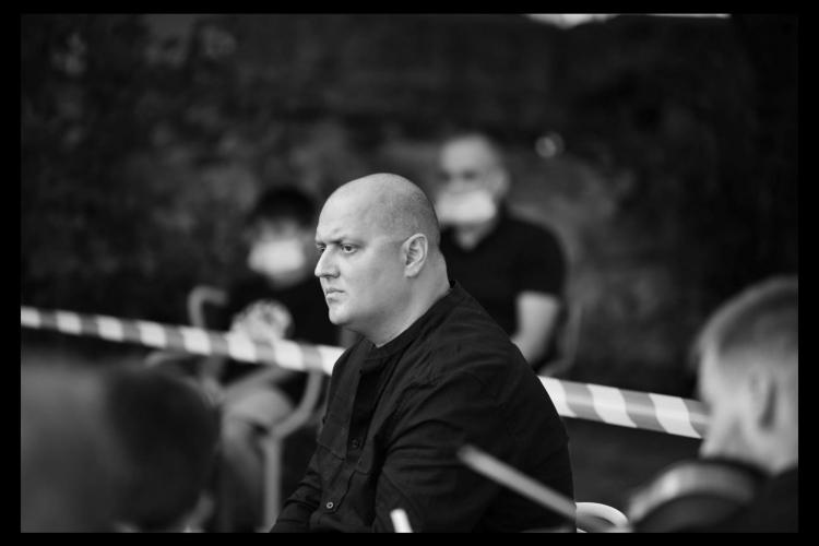 """A murit Răzvan Metea, dirijorul """"Bigg Dimm a'Band"""". A pierdut lupta cu COVID -19 - FOTO"""