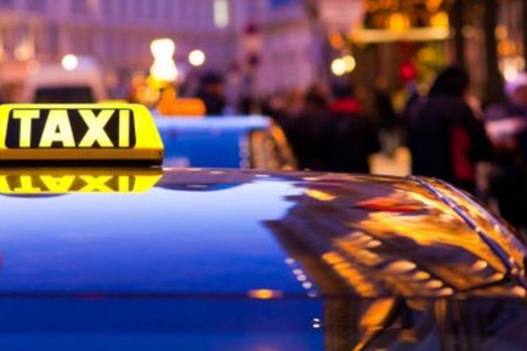 Taximetrist bătut şi găsit în stare de inconştienţă! Agresorul, un tânăr de 26 de ani