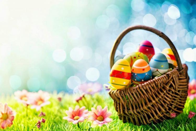Paști sau Paște? Cum se spune corect? Când folosim Paște și când Paști
